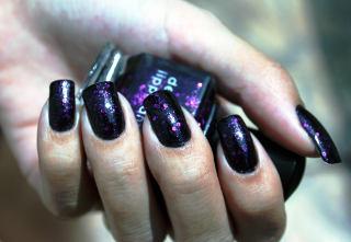 Deborah_Lippmann_nail_polish_Bad_Romance